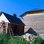 Нестандартный сруб дома из бревна